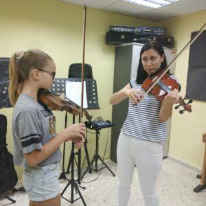Занятия по классу скрипки